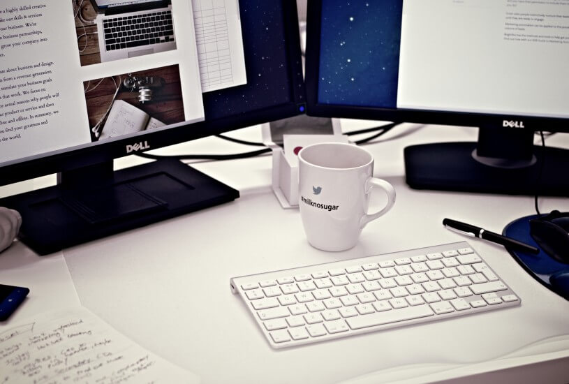 cup-dell-desk-4458-815x550